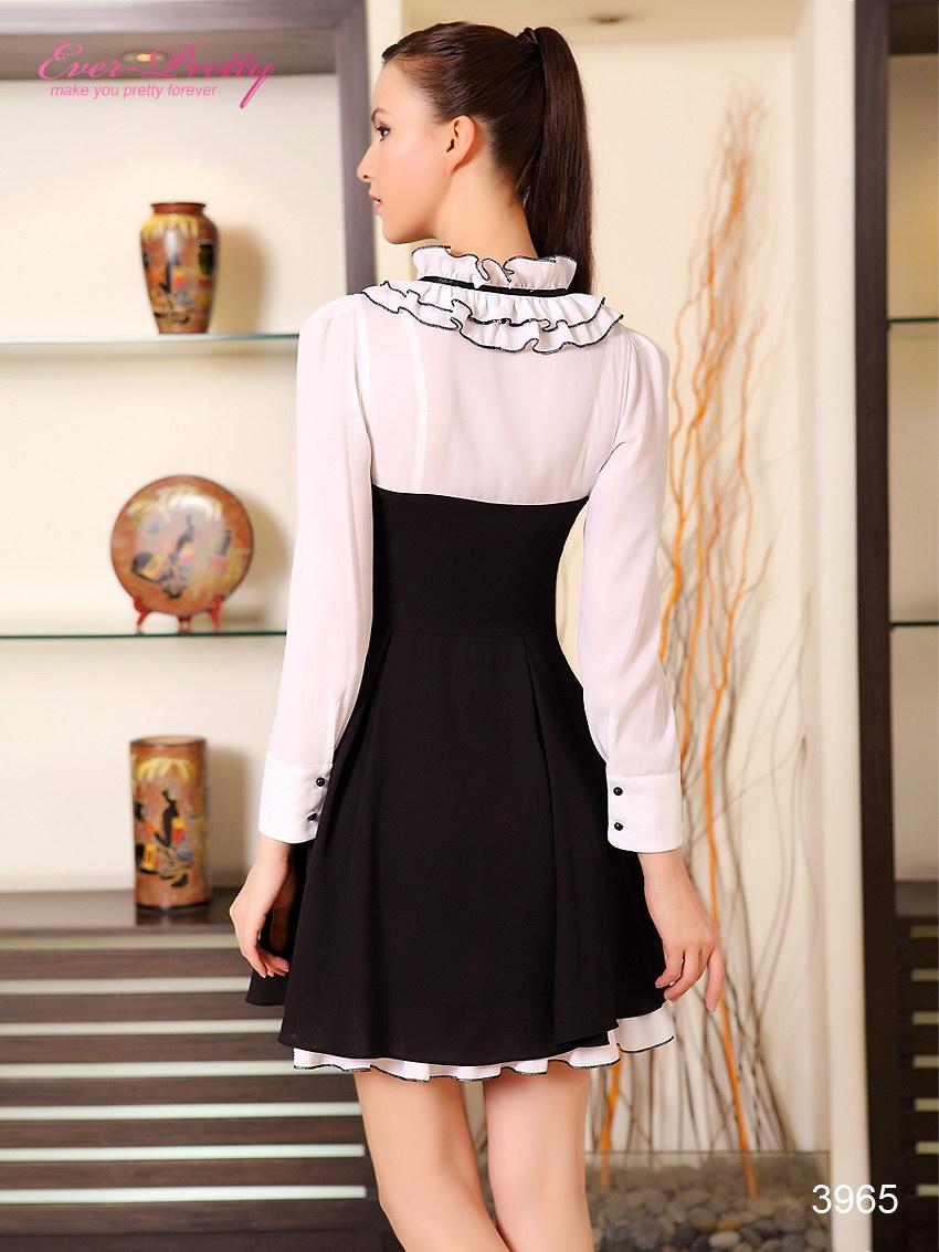 Черно белое платье с воротником