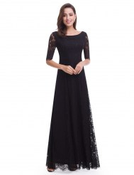 Черное кружевное платье с шнуровкой на спине