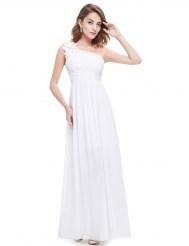 Белое платье на одно плечо с драпировкой