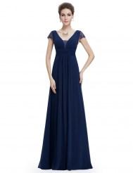 Темно-синее платье с кружевными короткими рукавами