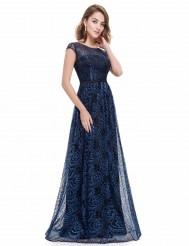 Платье из черно-синего кружева с цветочным узором