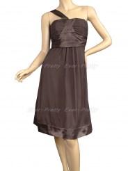 Коричневое платье с лямкой на одно плечо