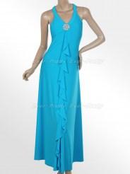 Элегантное голубое платье с брошью