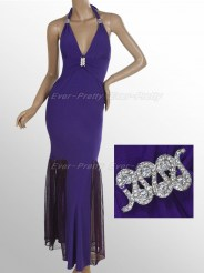 Облегающее фиолетовое платье с завязками на шее