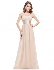 Бледно-розовое шифоновое платье без бретелек